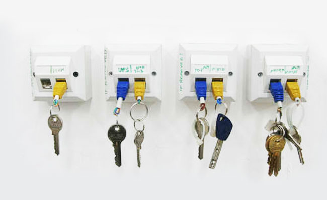 RJ-45 Ethernet Key Chain Wall Rack