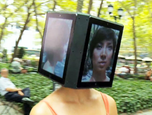 iPad Head Girl