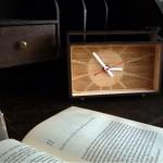 Eco-Retro Desk Clock