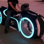 Electric-Tron-Lightcycle_2