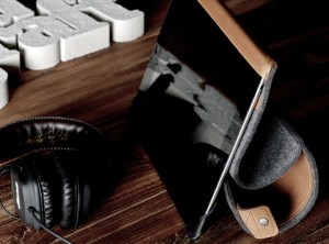 Handmade Luxurious Wool Felt iPad Case