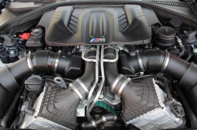 BMW's New M5 Will Play Engine Sounds Through Its Car Stereo