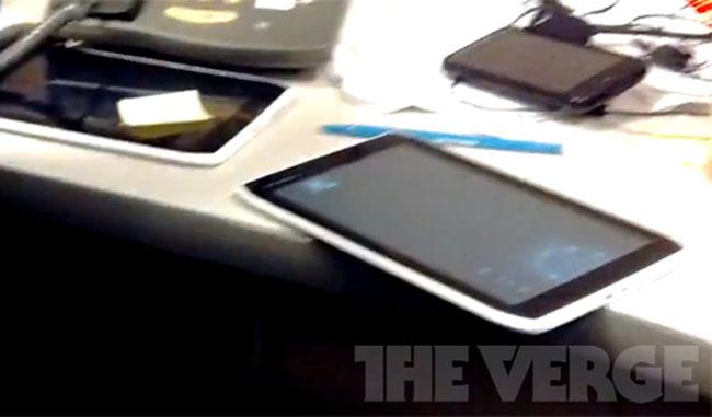 Motorola's 7 Inch Xoom Tablet Leaked?