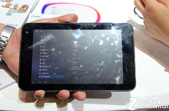 ZTE Shows Off 7 Inch NVIDIA Kal-El Quad Core Tablet