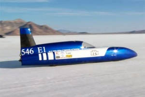 Students Break Electric Car Land Speed Record (video)