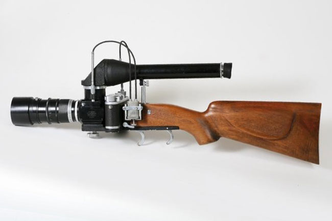 Leica Camera Gun