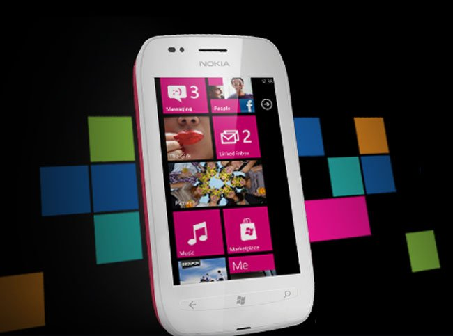 nokia lumia 710 windows phone smartphone gets official. Black Bedroom Furniture Sets. Home Design Ideas