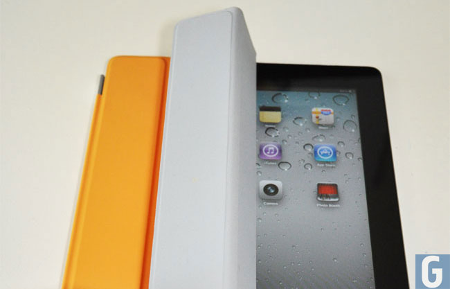 iPad 2 Smart Cover Security Flaw Found (video)