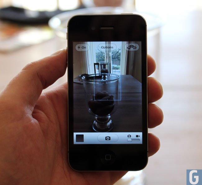 iPhone 4S And iPhone 4 Video Cameras Compared (Video)