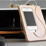 Wooden BaseStation iPhone 4
