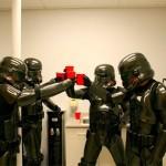Carbon-Fiber-Stormtroopers_3