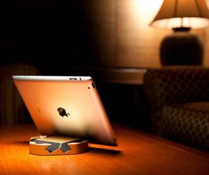 Colorware iPad Stand