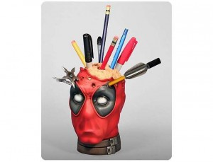 Bizarre: The Deadpool Pencil Cup