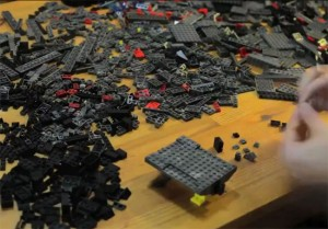 Time Lapse Construction Of A StarCraft 2 Battlecruiser (video)