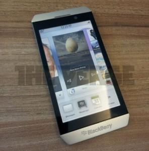 First BlackBerry BBX Smartphone To Be Called BlackBerry Surfboard?