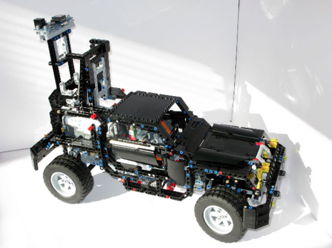 Lego Street View Car 2