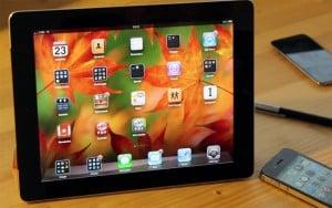 Siri Used To Control iPad App (Video)