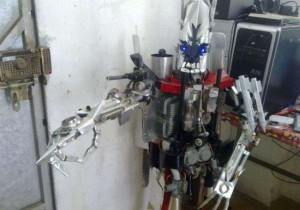 Chinese Fanboy Builds Decepticon, Plans World Conquest