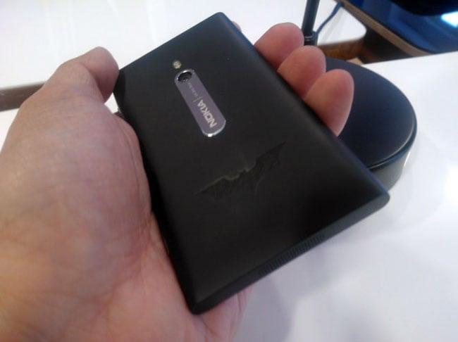 Nokia lumia 800 dark knight rises edition smartphone revealed (video).
