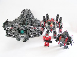 Incredibly Detailed Terran Battlecruiser Rendered In Lego