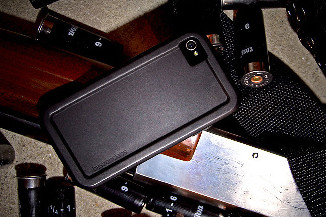 Baseonelabs GunnerCase For iPhone 4