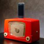 Recycled-Vintage-Radio-iPhone_5