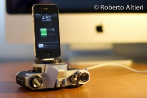 Recylced Vintage Camera iPhone Dock