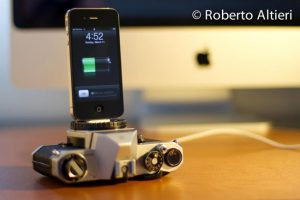 Recylced Vintage Camera iPhone Dock