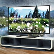 Toshiba 55 Inch Glasses Free 3D TV Arrives For £7,000