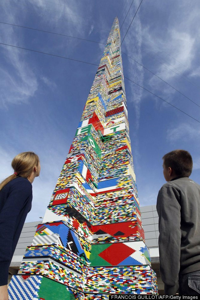 105 Foot Tall Lego Tower Breaks World Record