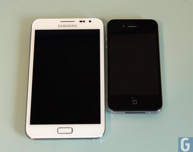 Samsung Galaxy Note iPhone 4S