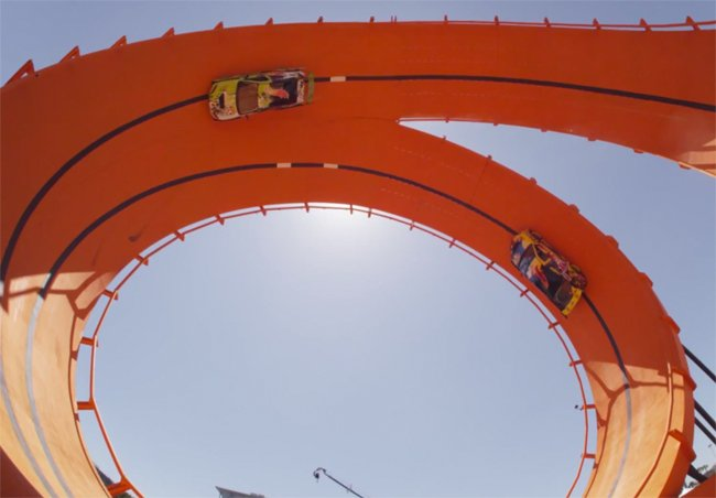 Hot Wheels Life Sized Loop