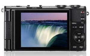 Samsung EX2F Smart Camera Unveiled With F1.4 Aperture