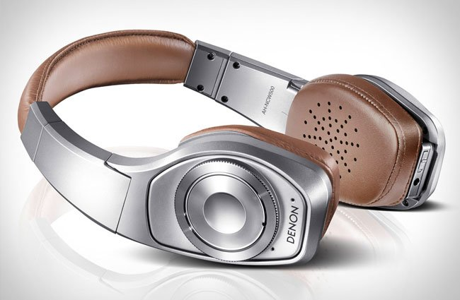 Denon Globe Cruiser headphones