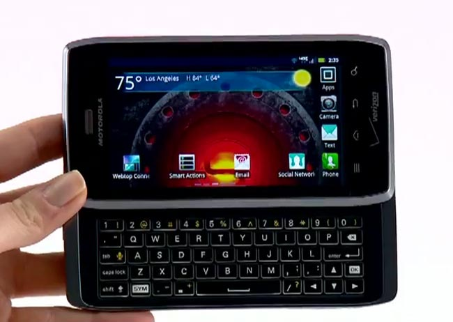 Motorola Droid 4 Gets Android ICS Update