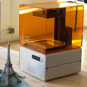 FORM 1 Affordable High Resolution 3D Printer Hits Kickstarter (video)
