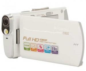Polaroid and Sakar team for Polaroid iD820 Camcorder
