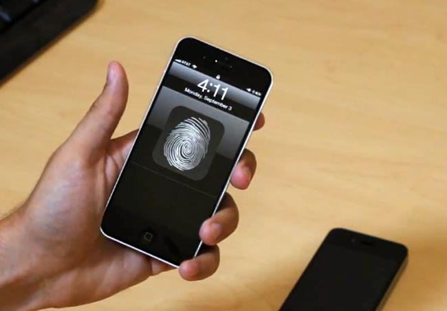 iPhone 5 Concept Video Shows Some Cool Features We Wish Were In The New iPhone 5 | TechDigg.info