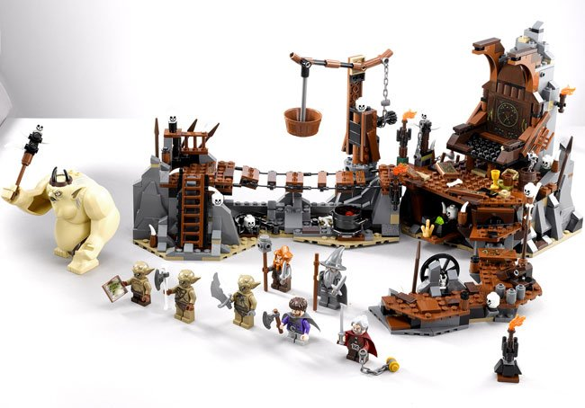 Lego Hobbit The Goblin King Battle
