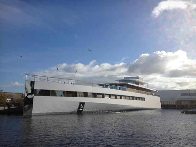 Steve Jobs's Venus Superyacht Unveiled (Video)