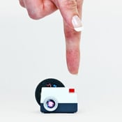 Projecteo Tiny Instagram Projector Lands On Kickstarter (video)
