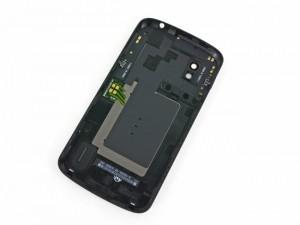 Google Nexus 4 Gets Taken Apart