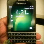 Pictures of the new BlackBerry X10 with QWERTY appear