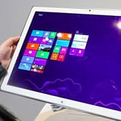 Massive 20 Inch Panasonic Windows 8 Tablet Prototype Unveiled (video)