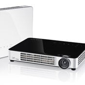 Vivitek Qumi Q7 HD LED $1,000 Pocket Projector Announced