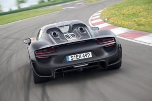 Porsche 918 Spyder Gets Official
