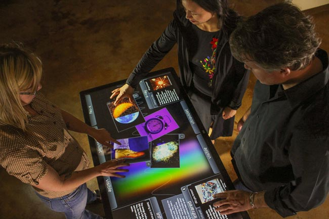 Ideum Platform 46 Multitouch Table