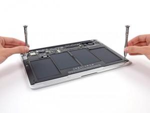 MacBook Air 2013 Gets Taken Apart