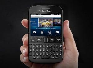 BlackBerry 9720 Handset Officially Announced (video)