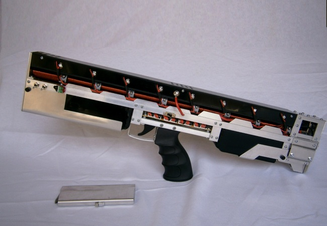 Fully Automatic Electromagnetic Pulse Rifle